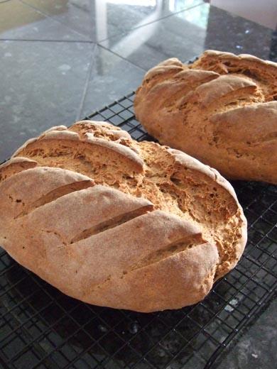 ライ麦パン:焼き上がり。