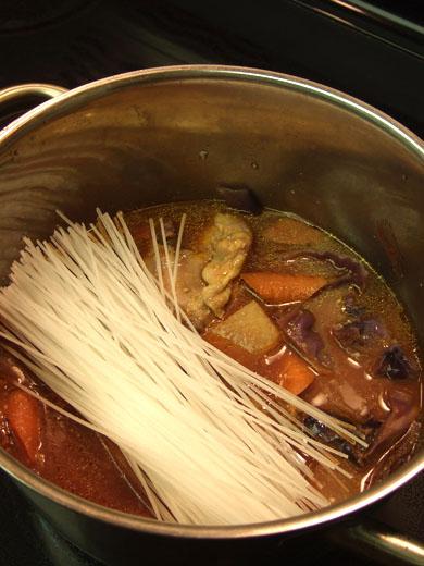 重ね煮・その10:マロニーたっぷり。、