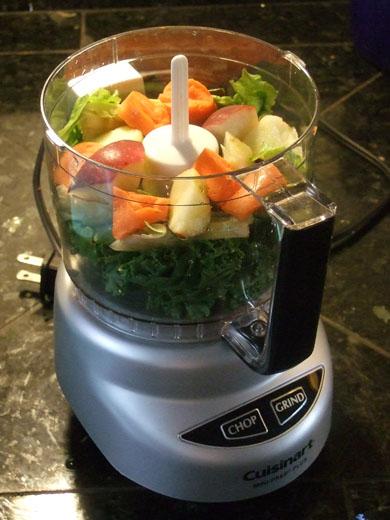 豆乳野菜ジュース:野菜投入。